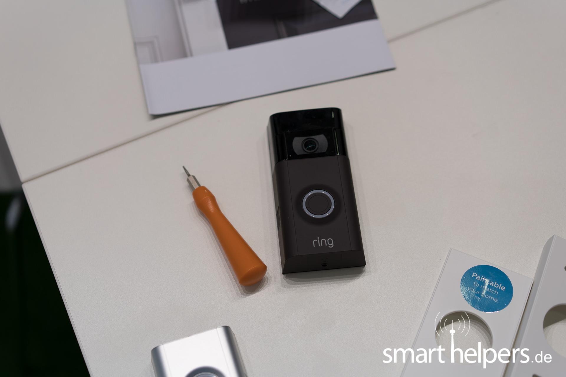 ifa 2017 ring zeigt kamera f r die haust r. Black Bedroom Furniture Sets. Home Design Ideas
