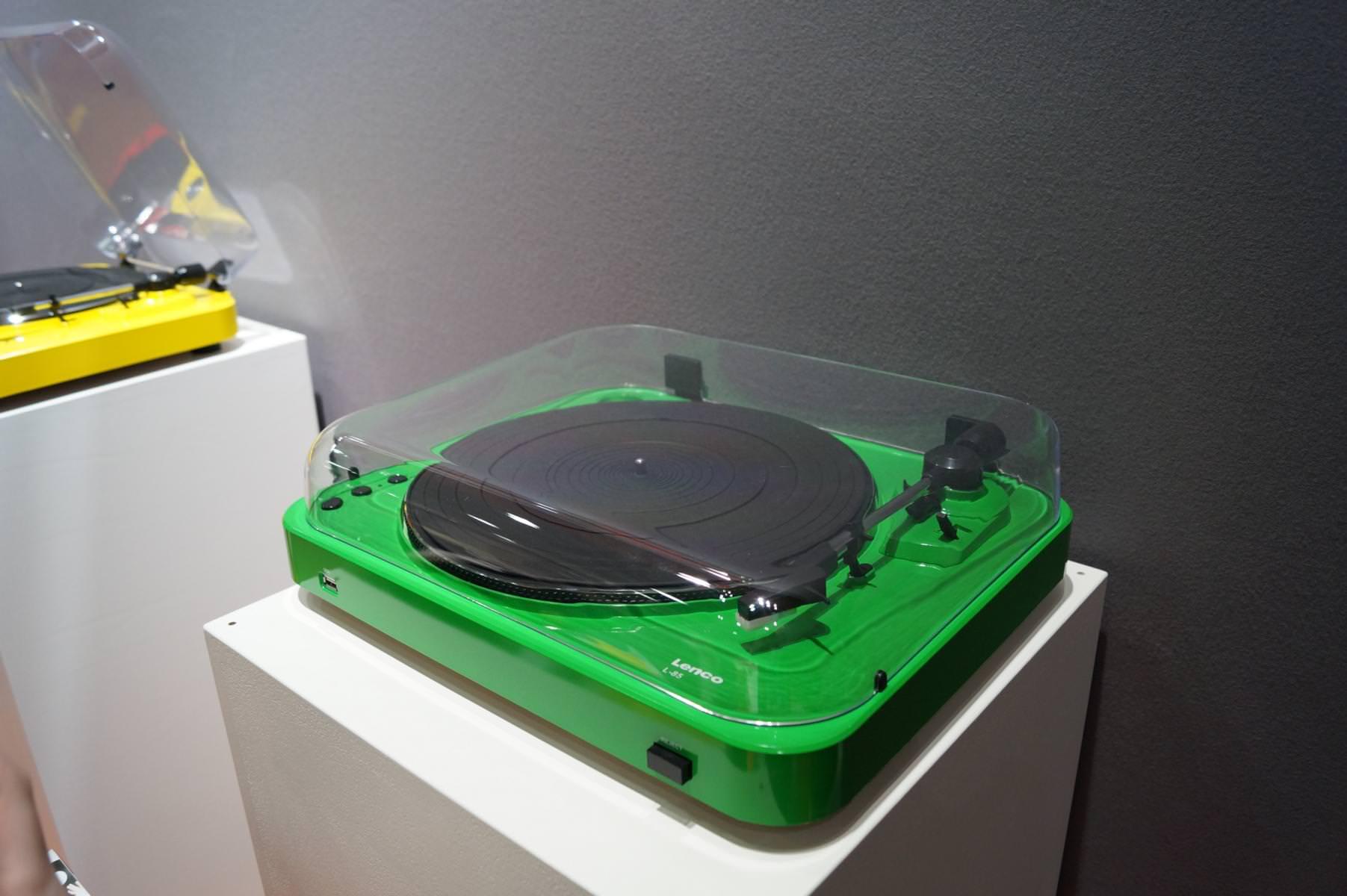 ifa 2014 lenco zeigt vernetztes lautsprechersystem retro. Black Bedroom Furniture Sets. Home Design Ideas